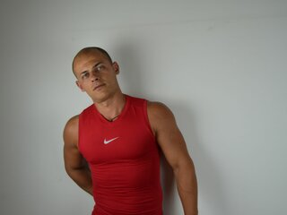 ChrisTheBeast online shows camshow