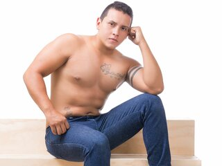 Maobig show pictures nude